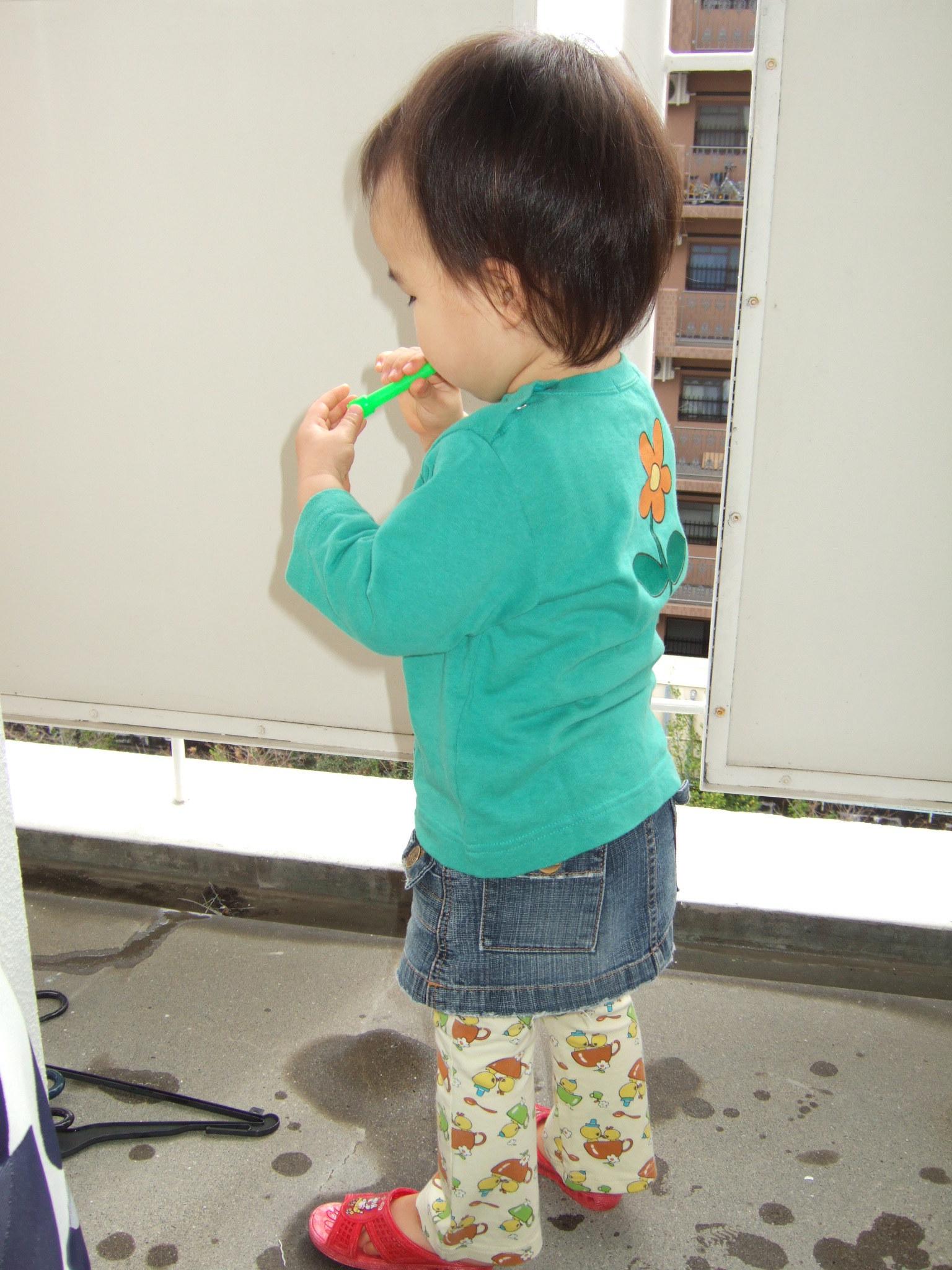 2006_02270005